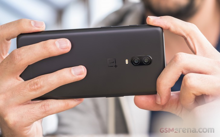 OnePlus 6T é Lançado