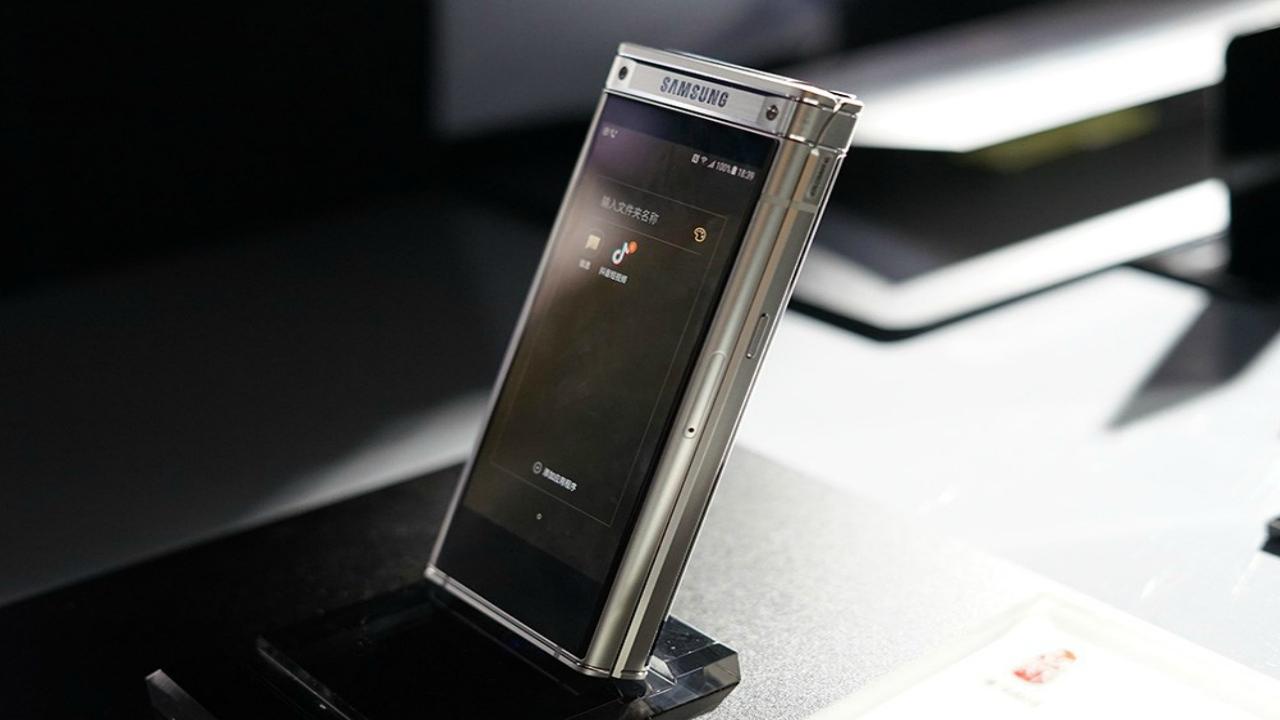 Samsung W2019 clamshell chegando em 9 de novembro
