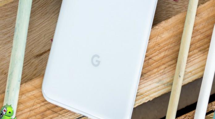 Smartphone dobrável do Google exibido em uma patente