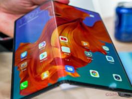 Huawei Mate X vai ser lançando em setembro, porta-voz da empresa confirma