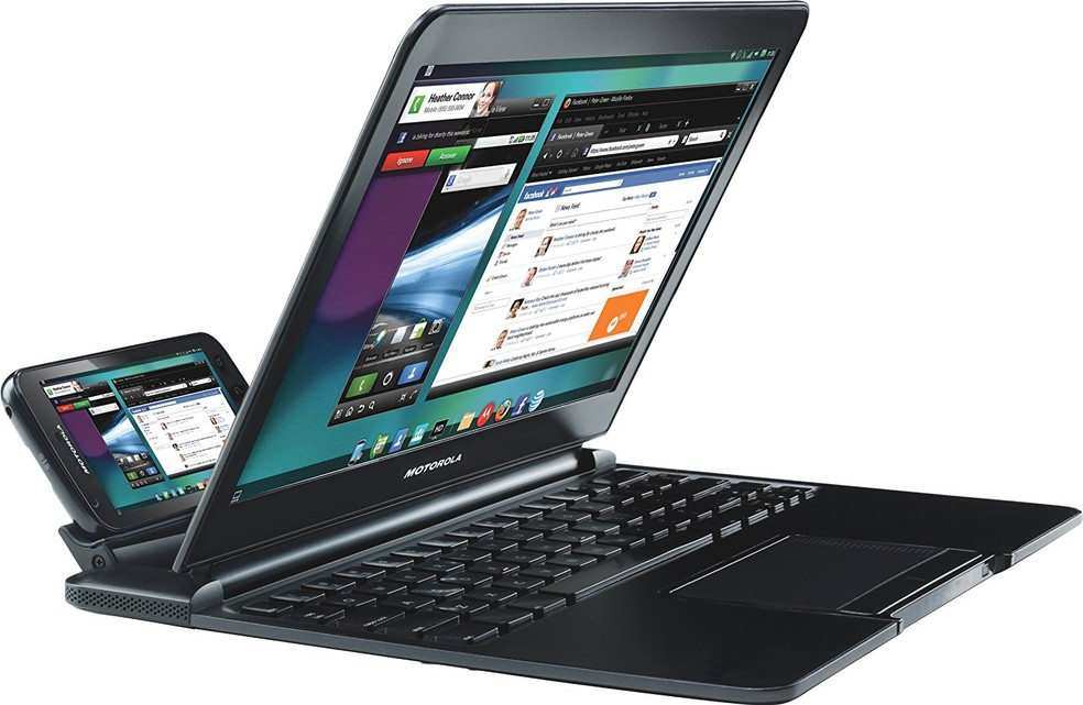 Motorola Atrix conectado como notebook